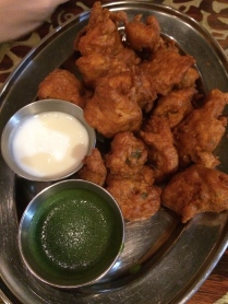 Ashley Farms chicken seasoned with kashmiri spices in a curried chickpea batter. Served with green chutney & sweet yogurt.